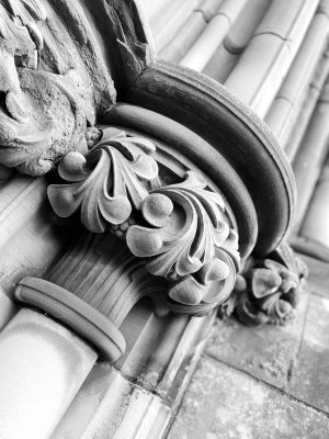 Black and White Image of gothic style pillar top